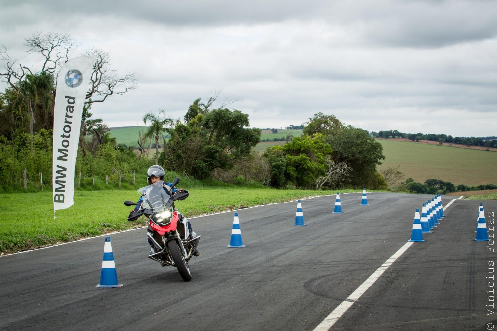 BMW-Rider-Experience_TecnicasDePilotagemOnRoad